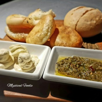 Bread with sauces